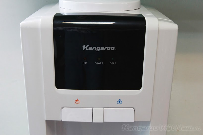 Cây nước nóng lạnh KG32N
