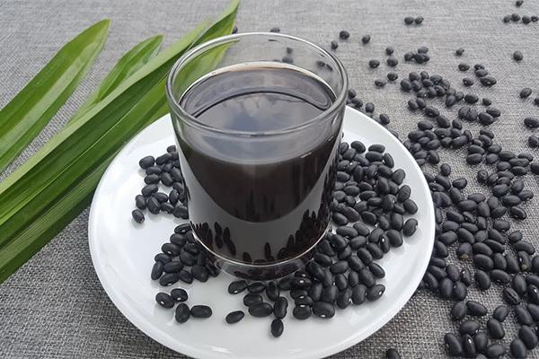 Uống đậu đen rang hàng ngày có tốt không?