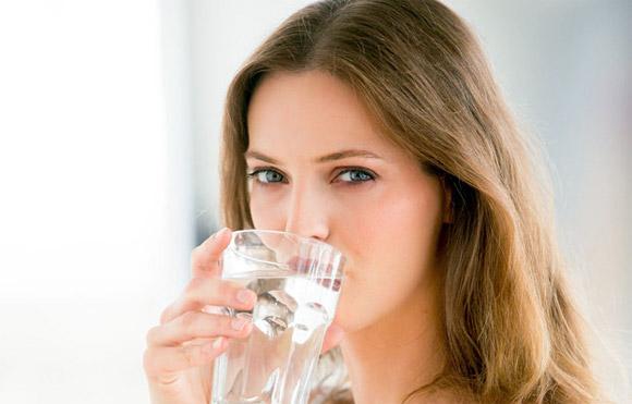 Kết quả hình ảnh cho Làm đẹp siêu dễ với nước lọc
